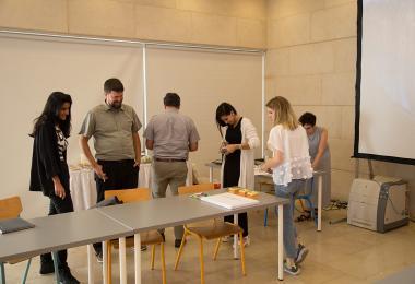 ممثليّة المصممّين: تطوير جمعيّة للمصممين في الأردن