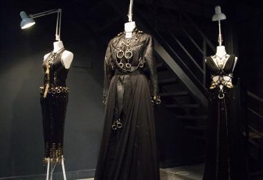 Maan Accessory, Maan Jacket, Maan Dress